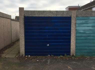 Single lock up garage Durrington to rent
