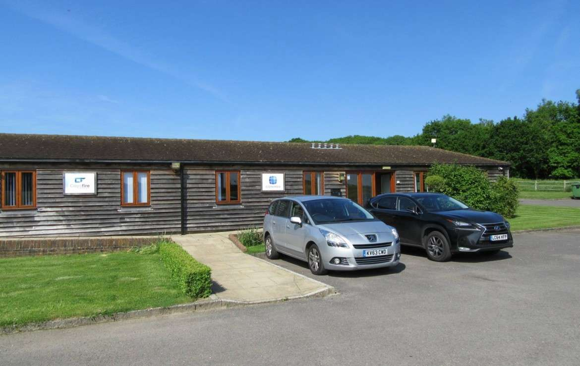 To Let Offices Unit 3 and 4 Crays Court