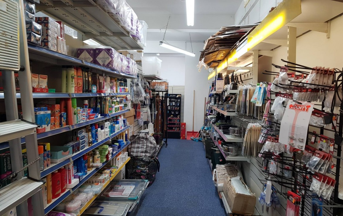 6 Queens Parade North Road Lancing Retail To Let