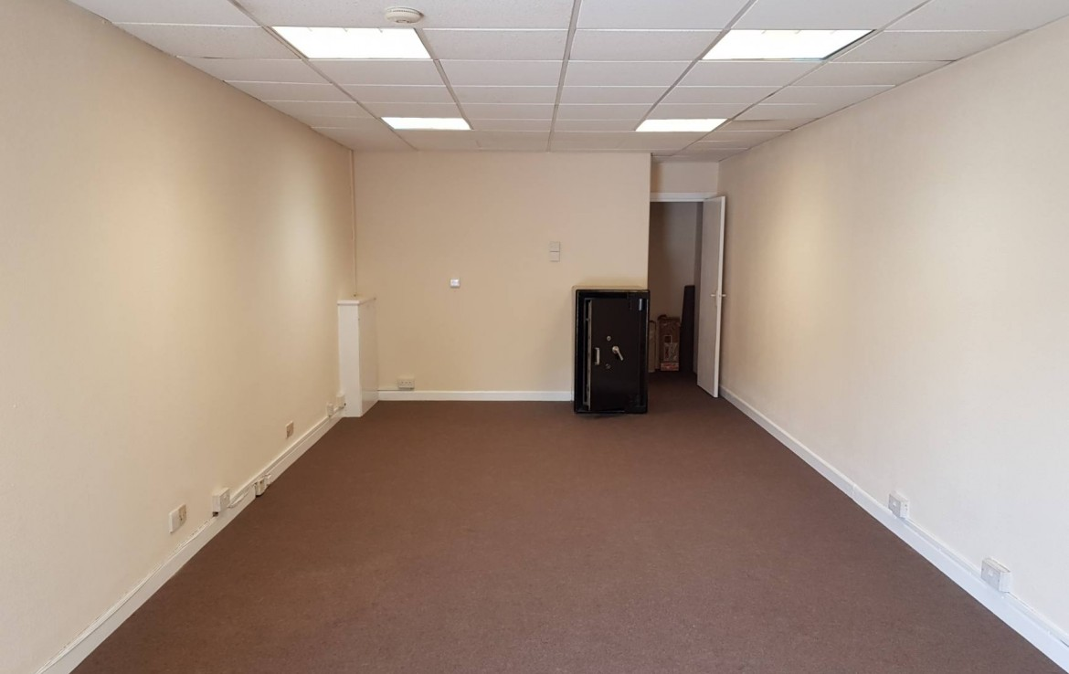 To Let Shop Lancing Retail Ground Floor